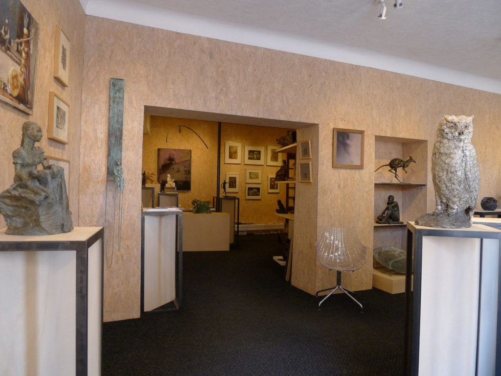 Galerie d'art à Bergerac Bénédicte Giniaux exposition peintures sculptures bronze